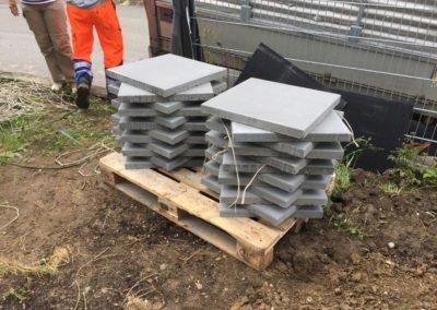 Gelieferte Gartenplatten